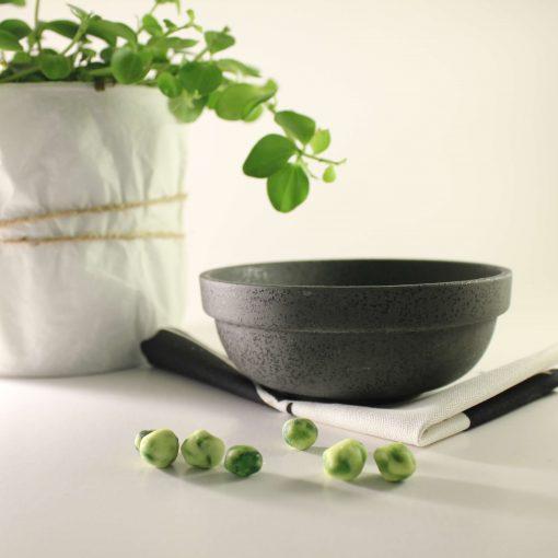 Japansk svart skål
