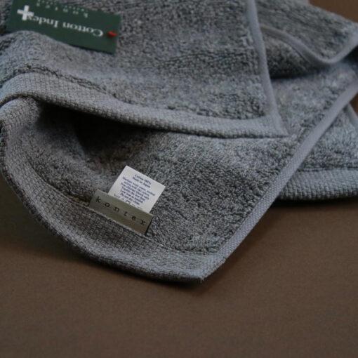 Badrumsmatta grå