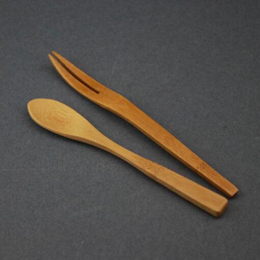 Tesked och gaffel i trä